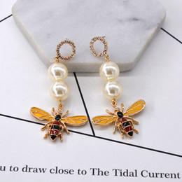 Bijoux en forme de d en Ligne-Boucles d \ 'oreilles bijoux fantaisie cristal coréen femmes cristal boucles d'oreilles abeilles en forme de beaux animaux femmes accessoires de luxe D50