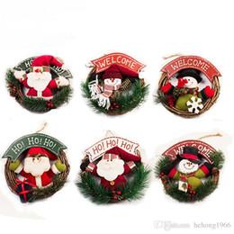 plantas artificiais luzes led Desconto Natal santa pingente de presente para casa decoração criativa porta pendurado boneco de neve rattan anel festival decorar artigos muitos estilos 18xx c r
