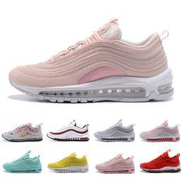 chaussures femmes mode rose Promotion Nike Air Max 97 Running shoes Air plus récent 97 x maxes UNDFTD femmes Chaussures de course 97s Triple blanc noir South Beach Persian Violet Pull Tab femme sport Sneaker 36-40