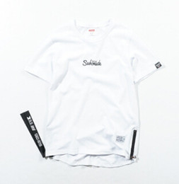 homem de roupas de design branco preto Desconto High Street Camisetas Homens Moda Zipper Dividir Projeto Tees Preto Branco Algodão Tops Mangas Curtas Roupas Masculinas Los hombres de camiseta