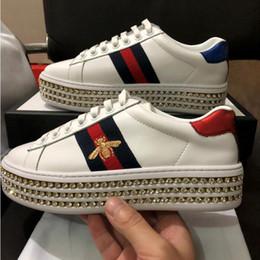 2019 plataforma zapatos Nueva moda Ace sneaker con cristales mujer zapatos de plataforma de diseño cuero real de lujo zapatos femeninos con bordado abeja amado tamaño rebajas plataforma zapatos