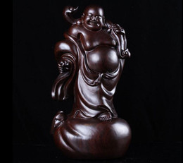2019 sculture in legno statue Cina Ebony Wood Carving Stand Felice ridere Maitreya Buddha Hold Ruyi Statue sculture in legno statue economici