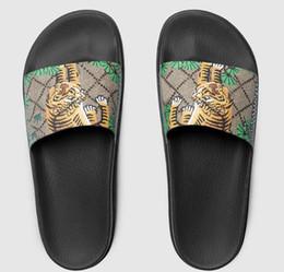 sapatos sandálias estilo masculino Desconto Homens Mulheres chinelos de design de slides sandálias das mulheres praia slat chinelo linhas Estilo tigre Europeu Sapatos sandálias de plataforma com caixa de alta qualidade
