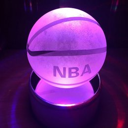 Deutschland Basketball Geschenke Dekor Figuren 3D Lampe Kristallkugel LED Nachtlicht Klar Laser # R54 cheap crystal 3d Versorgung