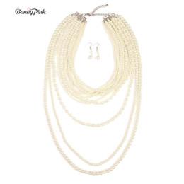 72f197e2bd8f Venta enteraBanny Pink hecho a mano de perlas de imitación de cadena hebras  collares para mujeres elegante Multi filas largo collar de joyería de moda  ...