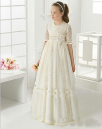 Wholesale first photos - 2018 Lace Flower Girl Dresses For Wedding Holy First Communion Dresses Floor Length Party Dresses Half Sleeves Pageant Gowns For Girls