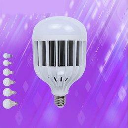 Canada L'ampoule menée par 3W 5W 7W 12w 24w 36w a mené l'ampoule de l'ampoule LED Offre