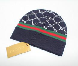 La versione coreana del 2018 chic chic del joker top hat della serie day di autunno in coppia e caldo cappello invernale da maglia da