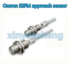 Entrega gratuita, o sensor de proximidade omron E2FM original. Produtos similares são bem-vindos para pedir pedidos. 1 / pacote de Fornecedores de sensores de proximidade omron