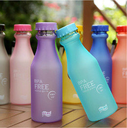 Wholesale Wholesale Clear Plastic Water Bottles - 550ML Candy Color Korea Style Newest Design Portable Clear My Bottle Healthy Sport Bicycle Plastic Fruit Lemon Juice Water Cup