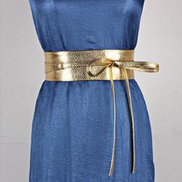 2019 cinturón ancho mujer cuero 2018 New Gold Lace Up Pu Leather Designer Wide Corset Correa Correas para Mujeres Niñas Cintura Alta Cintura Faja Adelgazante Corbatas Arco Bandas cinturón ancho mujer cuero baratos