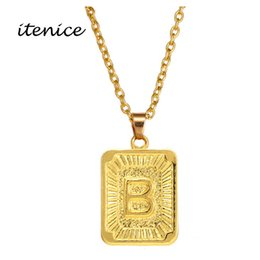 ItenEthiopian Girls Joyería de moda Gold Stainess Chain Alphabet Square Hyperbole Collar colgante para mujeres desde fabricantes