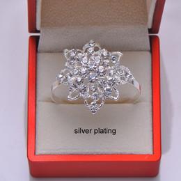 Canada 40pcs / lot Fashion anneaux ronds de serviette en strass pour décoration de table de mariage argent ou or rose Offre