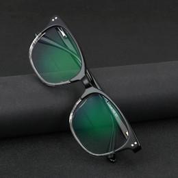 Occhiali da sole di vista online-Occhiali da sole a transizione multifocali progressivi Occhiali da lettura fotocromatici per uomo Punti per lettore vicino alla vista diottrica