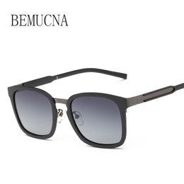 abdbe3f44722f 2019 venda óculos de sol verão BEMUCNA 2018 os novos óculos de sol homens  TR90 óculos