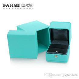 Bijoux glamour en Ligne-FAHMI Glamour Original Classic Jewelry Belle boîte de protection boîte de bague haut de gamme appropriée pour le mariage de la Saint-Valentin.