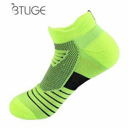 029a05174 BTLIGE Running Basketball Sports Socks Men Women Breathable Sweat Absorbing  Low Cut Cycling Socks Outdoor Deodorant Bike