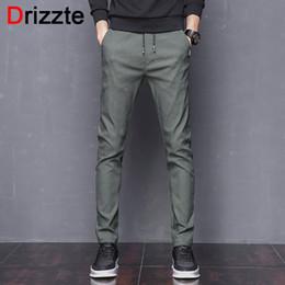 Pantalones verdes coreanos online-Drizzte Mens Stretch Pants Korean Casual Slacks Pantalones de vestir slim para hombre Negro Navy Green