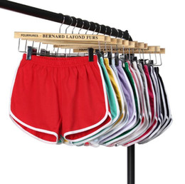 Kleidung frau fitness online-22 farben frauen casual shorts yoga sport gym homewear fitness hosen sommer shorts strand laufen hause kleidung hosen cca9984 60 stücke