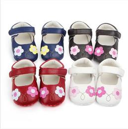 tecido padrão sapatos bebê Desconto Novos Sapatos De Bebê Adorável Flor Crianças Primeiros Caminhantes Meninas Sola Macia Princesa Sapatos