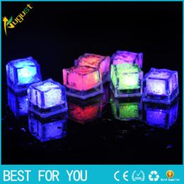 2019 flor de la luz de la luna Nuevo Hot LED Ice Cube Fast Flash Slow Flash 7 colores Cambio automático de cubo de cristal para la boda del día de San Valentín