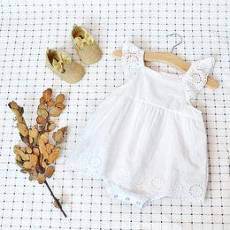 2019 weißes einteiliges overallkleinkind Neue Sommer Baby Mädchen Strampler Infant Weiß Weiche Baumwolle Schmetterling Ärmeln Overall Kleinkind Neugeborenen Einteilige Kleidung günstig weißes einteiliges overallkleinkind