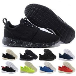 Zapatos de mujer botas us9 online-Nike Roshe Run Nuevos zapatos de las mujeres de hombres revela nuevos zapatos casuales de la zapatilla de deporte del triple S de la mujer Zapatillas de deporte de la zapatilla de deporte