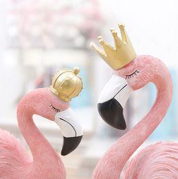 Argentina Pink Flamingo Desktop Figura Lovely Home Decoration Ornamento de regalo para niñas Mini resina Flamingo Sculpture Statue Suministro