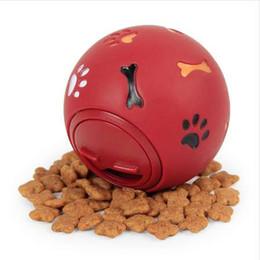 """Голубой корм для собак онлайн-Собака игрушка резиновый мяч жевать диспенсер утечки пищи играть мяч интерактивные Pet стоматологические прорезывания зубов обучение игрушка синий красный 7,5 см / 2,95"""""""