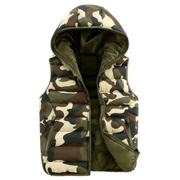 Новый стиль мужской жилет онлайн-Nice  New Vest Men Top Design Army Camouflage Slim Fit Autumn Spring Style Quality Casual Style Fashion Waistcoat Men Vests