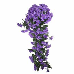 Il nuovo fiore artificiale viola del rattan del mazzo del fiore del permesso lascia il fiore decorativo della conduttura del fiore d'attaccatura della parete montato morbido da
