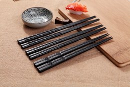 Wholesale family patterns - Visual Touch Chopsticks Non-Slip Durable Wave-like Flower Pattern Alloying Element Black Chopsticks New Eco-friendly Family Hotel Tableware