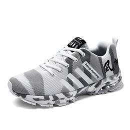 Unisex de gran tamaño 36-46 cómodos antideslizantes zapatillas de deporte al aire libre zapatillas de deporte mujeres zapatillas de deporte transpirables de buena calidad desde fabricantes