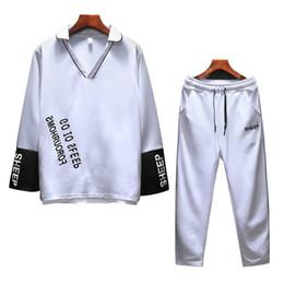 nuova tuta sportiva sottile Sconti 2018 New Spring M-3XL Uomo Sportswear Slim Fit Tuta Uomo Casual scollo av Mens Tuta Fitness Abbigliamento Chandal T948