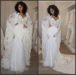 capas de organza Desconto Tule Satin Sereia Querida Expondo Desossa Sexy Vestido de Noiva Do Casamento Com Longo Treinado Cape Querida Bainha Lace Robe