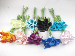 2019 сушеный цветок лилии 63 стили искусственный цветок настройки цвета 10 шт. / лот ПУ мини Калла Лилия букет Хэллоуин поддельные украшения цветок сушеный цветок дешево сушеный цветок лилии