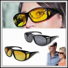 2019 антибликовые линзы HD ночного видения Вождение Солнцезащитные очки Мужчины Желтые линзы за обертывание вокруг очков Темное вождение UV400 Защитные очки Anti Glare CCA9268 60шт. скидка антибликовые линзы