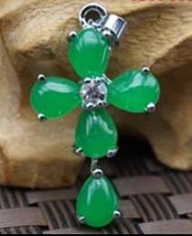 Grüne jade kreuz anhänger halskette online-Natürliche Malay Jade Anhänger voller grüner Kreuz Halskette Anhänger