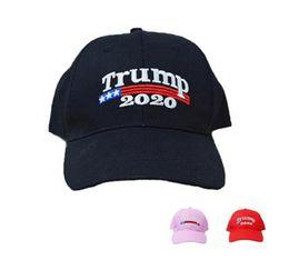 Ricamo Trump 2020 Rendi l America grande ancora Donald Trump Berretti da  baseball Cappelli Berretti da baseball Adulti Sport Cappello z226 fb002f661314
