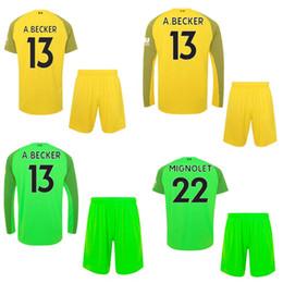 18 19 LIV Goleiro de Futebol Jersey Short Top Thai Qualidade Futebol Kit  Para Homens 2018 19 ALISSON Futebol Jersey Pant Adulto Terno Do Esporte Ao  Ar Livre 17a74397e3678