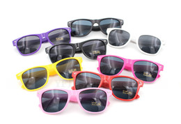Moda UV 400 gafas de sol mujeres y hombres adultos retro gafas de sol retro no convencionales gafas de sol retro vintage unisex 15 colores a través de DHL desde fabricantes