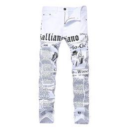 2514e79a78904 Vente chaude Hommes Droite Jeans Slim Fit Skinny Couleur Blanche Jeans  Pantalon Lettre Imprimé Mode Homme Denim Pantalon Nouveau Dropshipping
