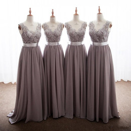 Wholesale long chiffon dresses - 2018 Elegant Gray Bridesmaid Dresses V Neck Appliques Lace Floor Length Backless Long Bridesmaid Gowns With Ribbon Bow Party Dresses