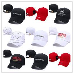 2019 equipo de polo Los colores más vendidos Venta al por mayor VETEMENTOS Gorras LA carta bordado gorra de béisbol sombrero de ala plana tamaño del equipo gorras de béisbol equipo de polo baratos