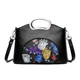 2019 impresión floral de los bolsos negros Moda mujer diseñador de lujo de impresión floral de cuero de la pu de las mujeres del hombro negro crossbody ladies baguette bolso de embrague impresión floral de los bolsos negros baratos