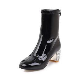 Scarpe da pioggia della caviglia online-Stivaletti per donna Punta rotonda Stivaletti per donna 2018 Autunno Tacco spesso Tacchi alti Scarpe Stivali da pioggia Scarpe invernali da donna