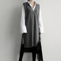 colete de malha grossa Desconto Coréia 2018 Camisola De Malha Vest Cinza Preto Longo Colete Vestido De Malha Com Decote Em V Grosso Longo Das Mulheres Camisolas Sem Mangas Camisola Vestido