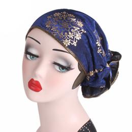 Argentina Mujeres musulmanas dorado hilado Floral turbante sombrero Chemo Gorros Caps Cáncer verano otoño Headwrap pérdida de cabello accesorios de la cubierta cheap yarn hair accessories Suministro