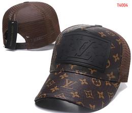 f62c7ed3f3689 2019 Francia marca V uitton para hombre diseñador sombreros de cuero gorras  de béisbol de lujo de moda dama camionero casquette mujeres causal bola  gorra