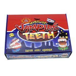2019 gagketten 12 Stück Neuheit Gag Spielzeug Uhrwerk an der Kette mit Augen springen Zähne Zähne Halloween Halloween kleines Geschenk Spielzeug günstig gagketten